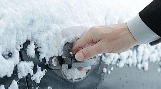 автомобиль в мороз